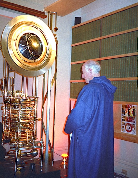 Stewart Brand, just back from Morocco, stands before the prototype clock minutes before it rings in the year 2000.